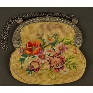 https://antyki-urbaniak.pl/1255-31168-thickbox/embroidery-bag-19th-20th-century.jpg