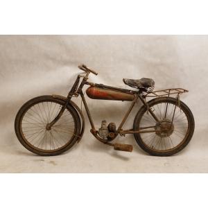 http://www.antyki-urbaniak.pl/2422-14997-thickbox/motocykl-peugeot-p-50.jpg