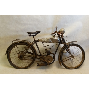 http://www.antyki-urbaniak.pl/2424-15019-thickbox/motocykl-peugeot-p-50-1932-r.jpg