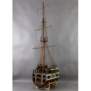 https://antyki-urbaniak.pl/2517-15989-thickbox/model-kadluba-statku-1-pol-xx-w-.jpg