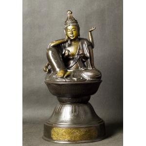 https://antyki-urbaniak.pl/3016-20774-thickbox/-kannon-nyoirin-bronze-japan-edo-meiji-period-19th-century.jpg