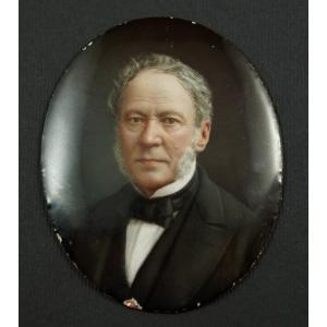 https://antyki-urbaniak.pl/3067-21356-thickbox/portrait-of-gentleman-m-deroche-photograph-1866-1904.jpg