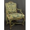 Fotel wczesno-rokokowy, polichromowany. Ok 1730r.