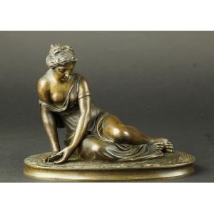 https://antyki-urbaniak.pl/3474-25281-thickbox/nympho-with-shells-bronze-neoclassicism-19th-century.jpg