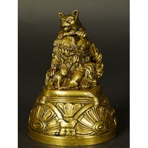 https://antyki-urbaniak.pl/3849-28972-thickbox/bell-with-a-cat-bronze-19th-century.jpg