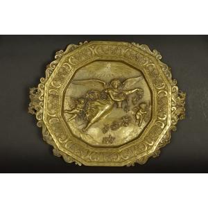 https://antyki-urbaniak.pl/841-31605-thickbox/paterka-with-angels-bronze-2nd-half-of-the-19th-century.jpg