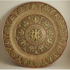 https://antyki-urbaniak.pl/977-5065-thickbox/repused-patera-india-19th-20th-century.jpg